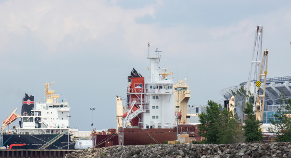 World Shipping, Inc. - Vessel Operations - Great Lakes Vessel Agents - Canadian Vessel Agents